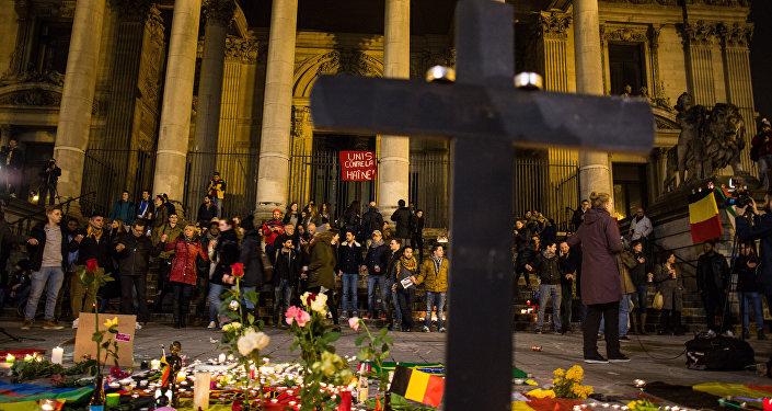 Briselē tiek godināta teroraktu upuru piemiņa