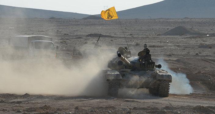 Бойцы сирийской армии на подступах к Пальмире. Архивное фото