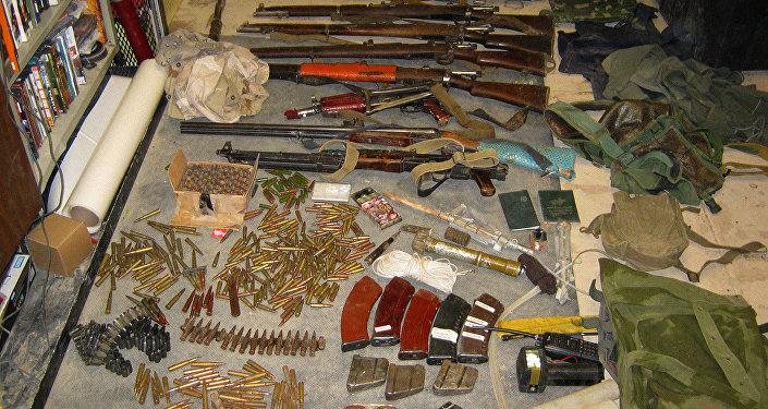 Изъятое у боевиков оружие. Архивное фото