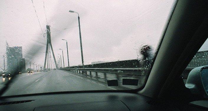 Сильный дождь в Риге. Архивное фото