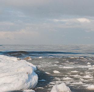 Пляж Юрмалы зимой