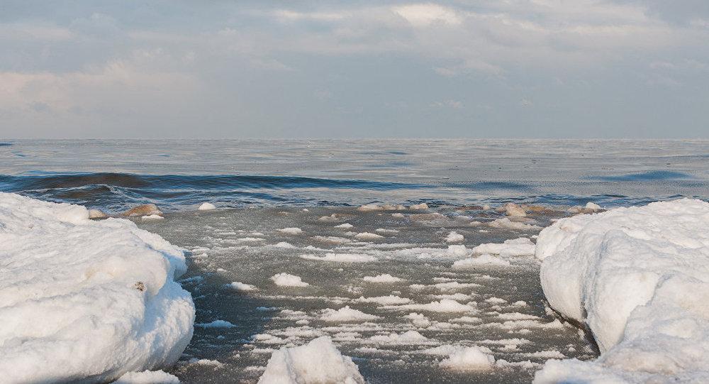 Jūrmalas pludmale ziemā. Foto no arhīva