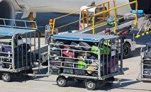 Bagāžas iekraušana lidmašīnā