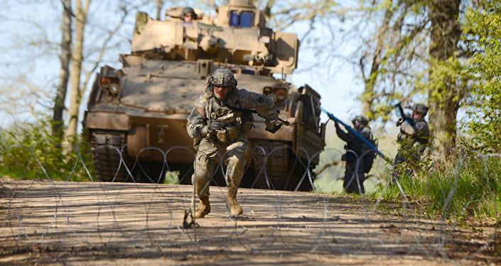 Военные учения американской армии, архивное фото