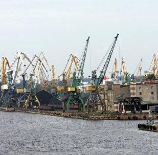 Рижский свободный порт. Архивное фото