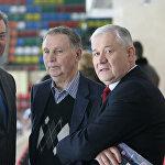 Легенды отечественного хоккея: Владислав Третьяк, Виктор Тихонов и Владимир Юрзинов (слева направо)