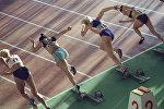 Спортсменки на старте забега. Архивное фото