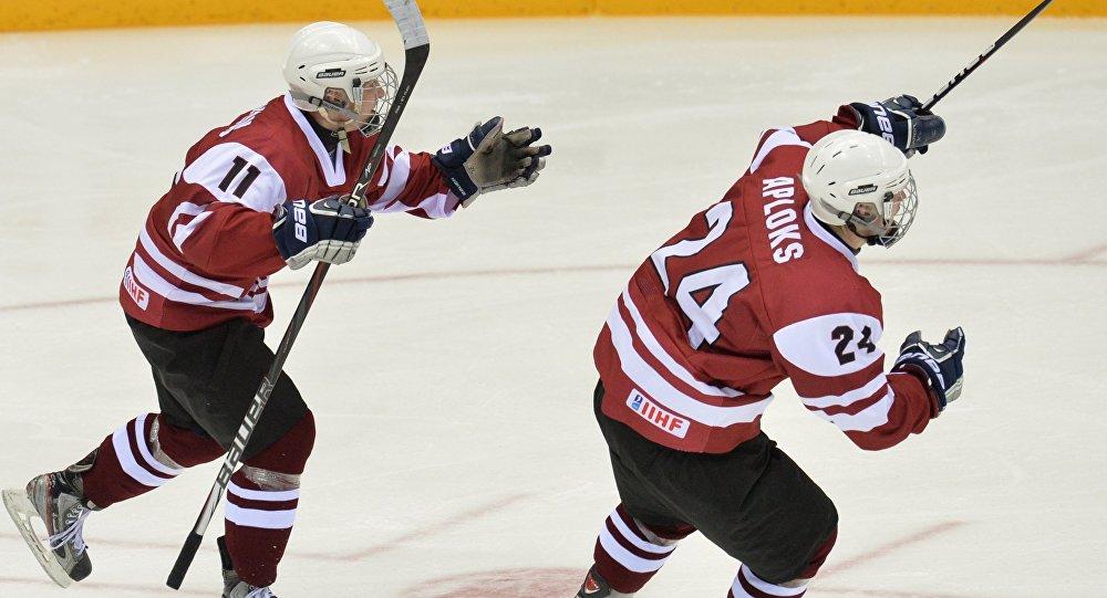 Игроки юниорской сборной Латвии. Архивное фото