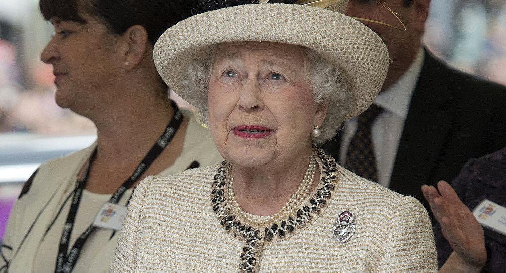Lielbritānijas karaliene Elizabete II