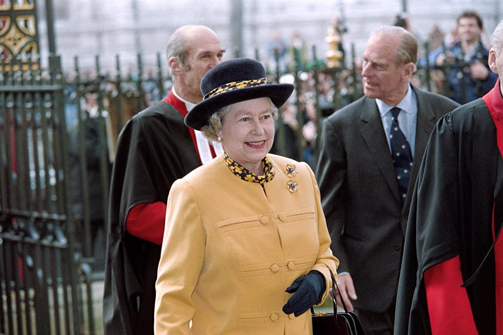 Королева Великобритании Елизавета II во время празднования Дня Содружества в марте 1995