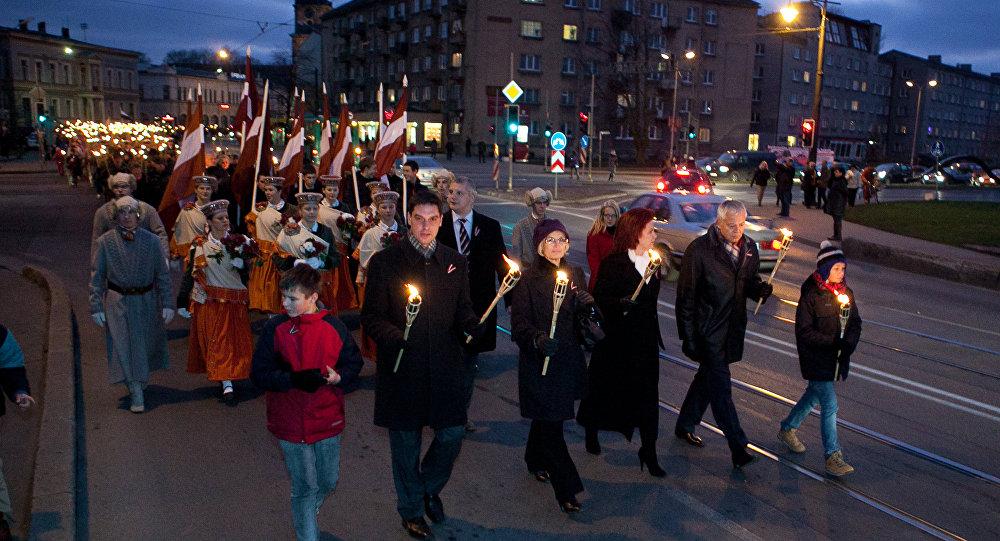 Факельное шествие в День Лачплесиса. Архивное фото