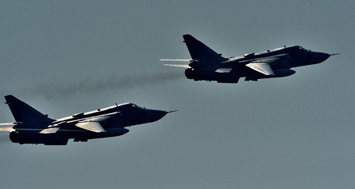 Самолеты Су-24. Архивное фото