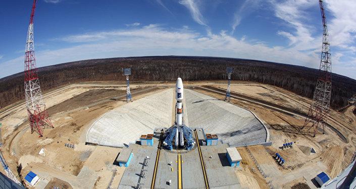 Ракета-носитель Союз-2.1а на стартовом комплексе космодрома Восточный