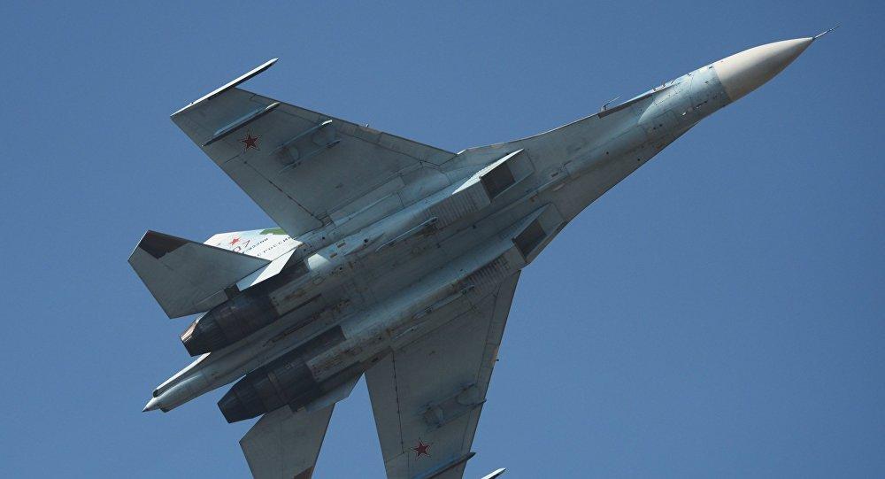 Krievijas iznīcinātājs Su-27. Foto no arhīva