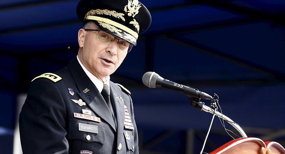 Генерал Кертис Скапаротти. Архивное фото