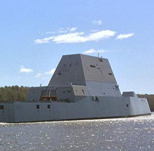 Amerikāņu superkuģis USS Zumwalt