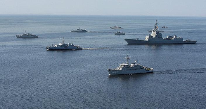 Корабли НАТО в Балтийском море во время учений. Архивное фото