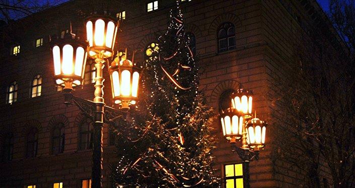 Рождественская елка у здания Сейма. Архивное фото