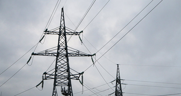 Высоковольтные линии электропередачи. Архивное фото