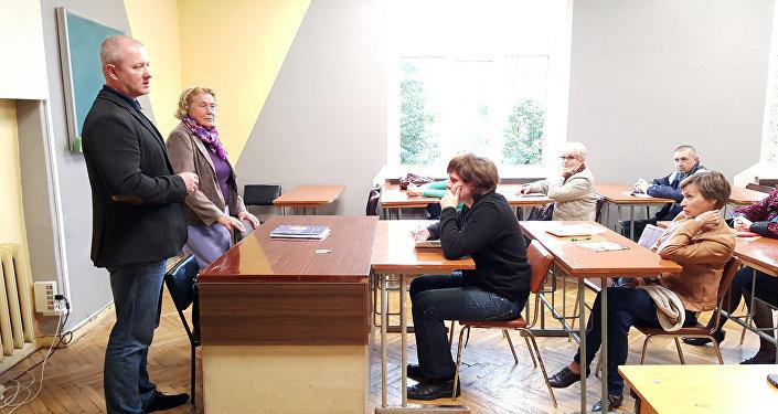 Игорь Кузьмук на встрече с учениками