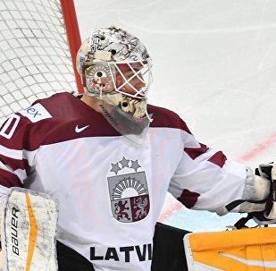 Вратарь сборной Латвии Элвис Мерзликин