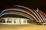 Архивное фото торгового центра Rīga Plaza