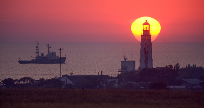 Маяк на западной оконечности Крыма.