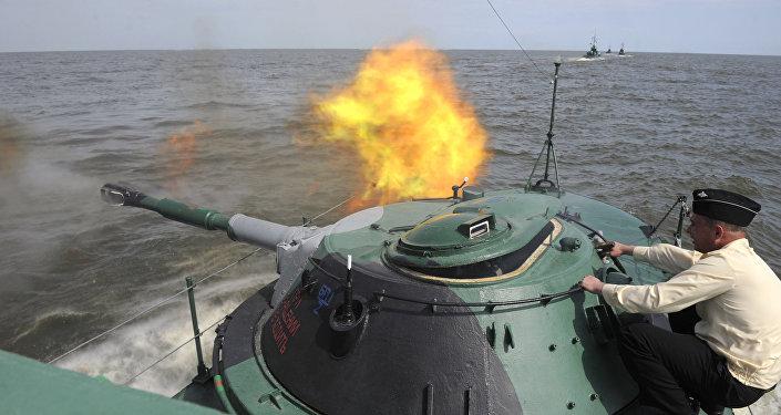 Krievijas jūras kājnieki mācības. Foto no arhīva.