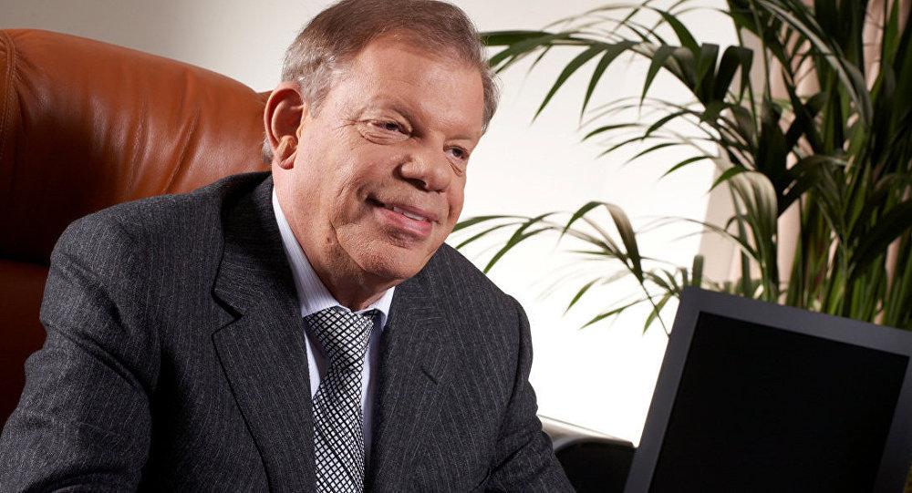 Hokeja federācijas bijušais prezidents, uzņēmējs Kirovs Lipmans.