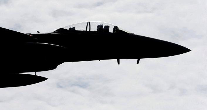 Истребитель F-15 Eagle на военной авиабазе в Лиелварде