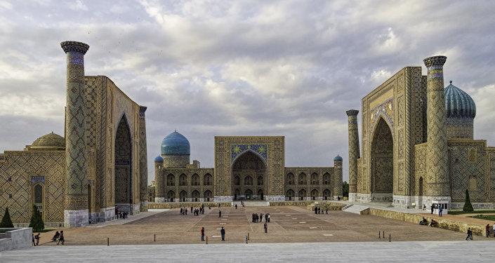 Регистан, Самарканд. Архивное фото