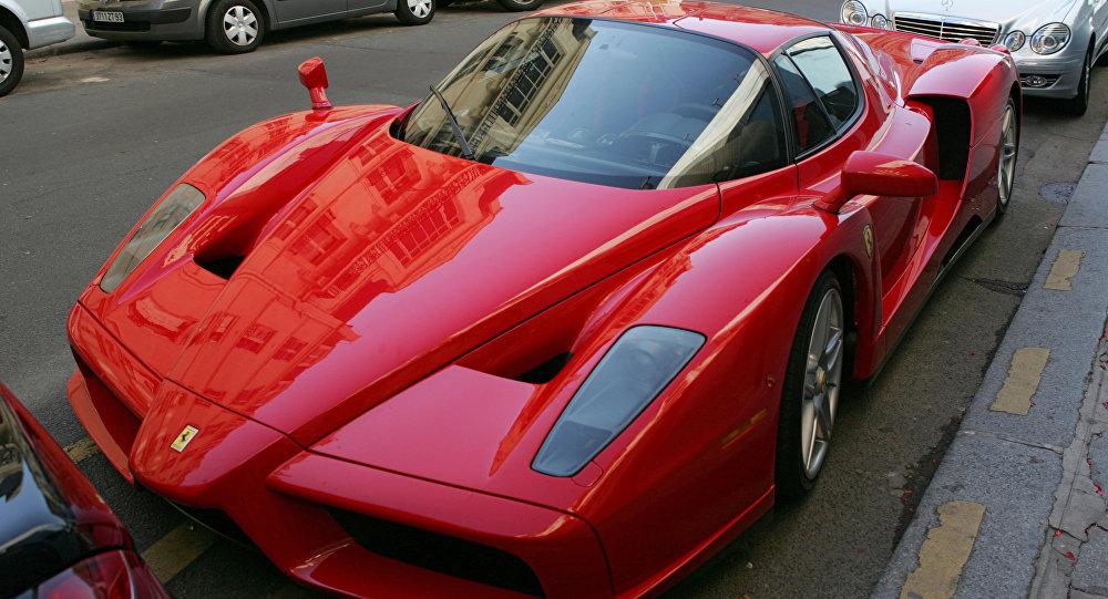 Ferrari. Foto no arhīva