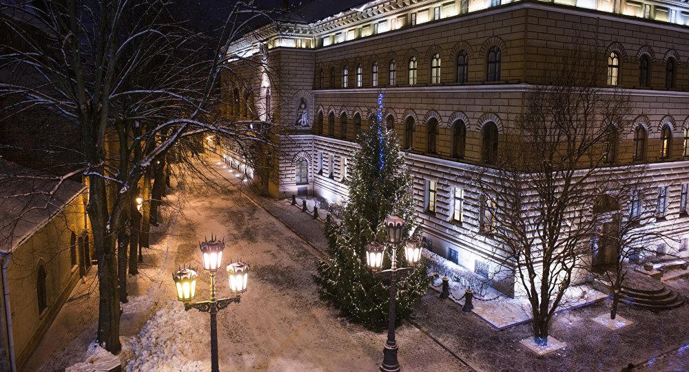 Здание Сейма в Рождество. Архивное фото