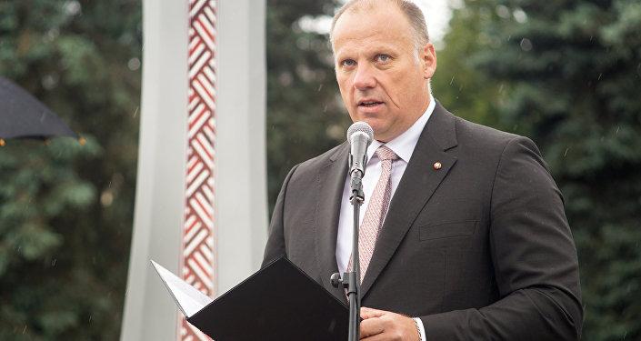 Министр обороны Латвии Раймондс Бергманис