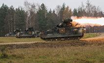 Militārās mācības Vācijā. Foto no arhīva