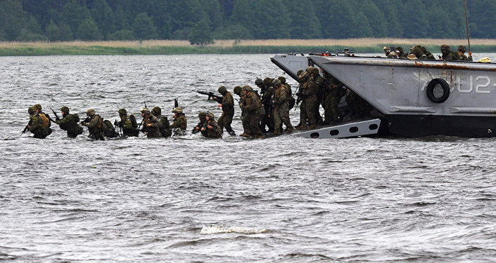 Высадка десанта во время учений НАТО Baltops. Архивное фото