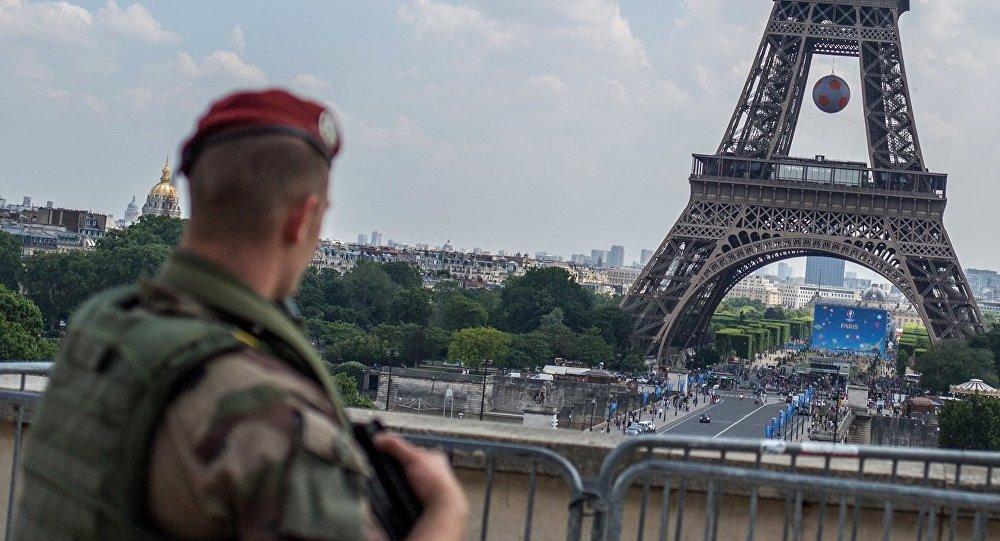 Gatavošanās Eiropas čempionātam futbolā Parīzē. Foto no arhīva
