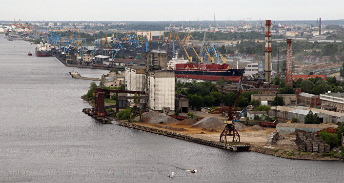 Rīgas brīvostas iekraušanas termināls. Foto no arhīva
