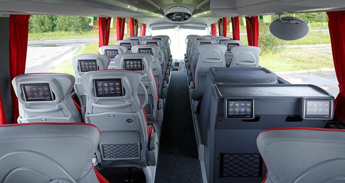 Автобус для туристов, архивное фото