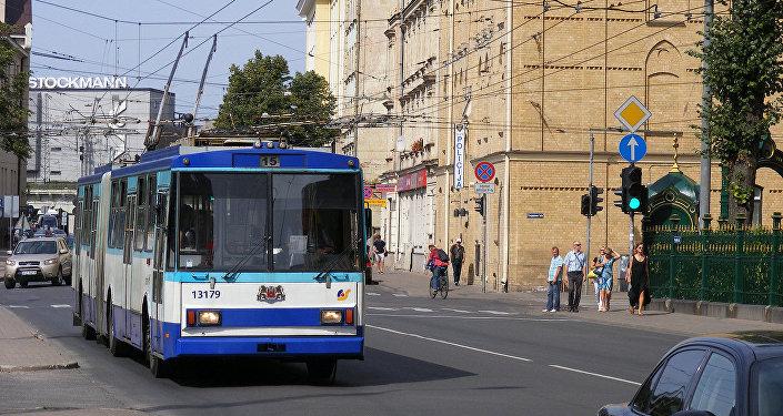 Trolejbuss Rīgā. Foto no arhīva.