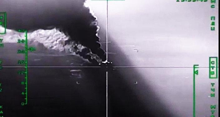 Krievijas GKS iznīcina naftas pārstrādes rūpnīcu. Foto no arhīva