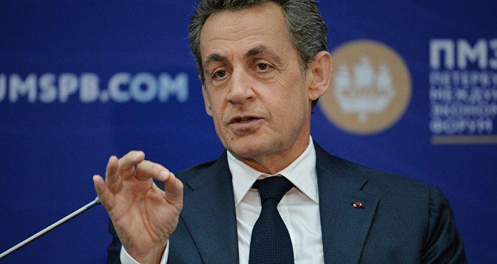 Francijas bijušais prezidents Nikolā Sarkozī uzstājas XX Sanktpēterburgas starptautiskajā ekonomikas forumā