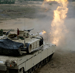 Танк США М1 Абрамс на военных учениях в Адажи