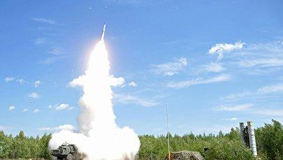 Pretgaisa aizsardzības sistēmas raķešu apšaudes mācības