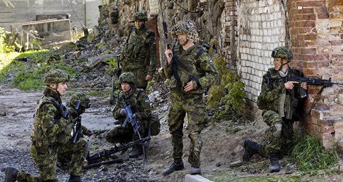 Igaunijas aizsardzības spēki kopā ar NATO sabiedrotājiem. Foto no arhīva