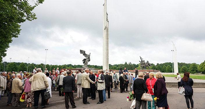 Piemineklis Rīgas atbrīvotājiem Rīgā