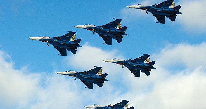 Истребители Су-27. Архивное