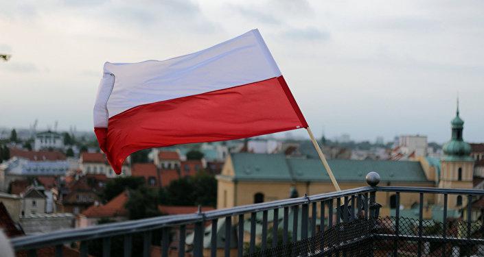 Флаг Польши. Архивное фото