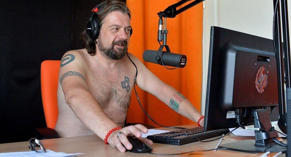 Ведущий радио Sputnik Александр Кривошеев