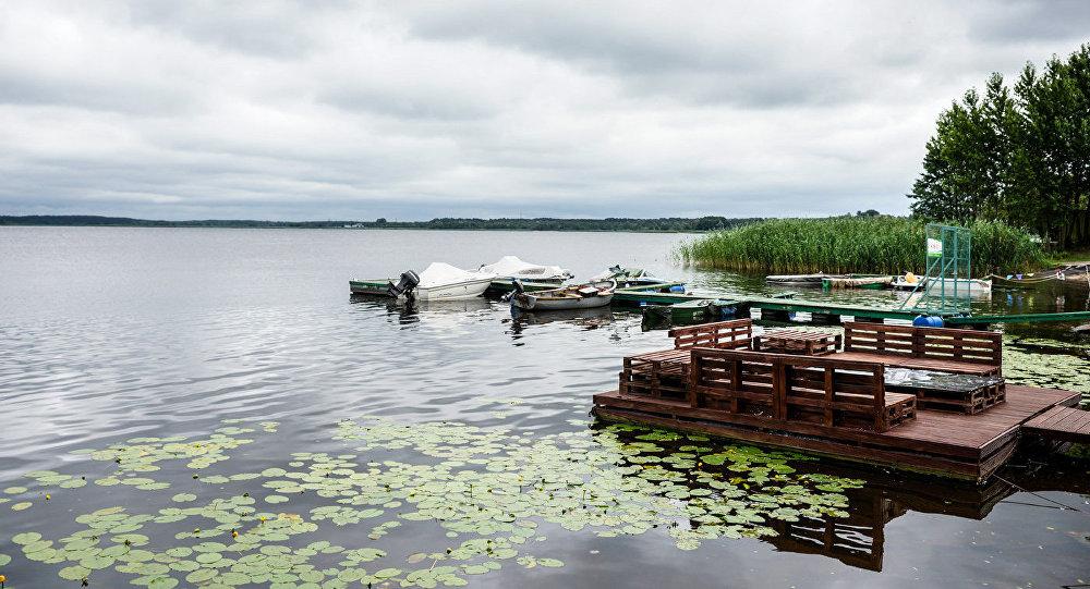 Озеро в Латвии. Архивное фото